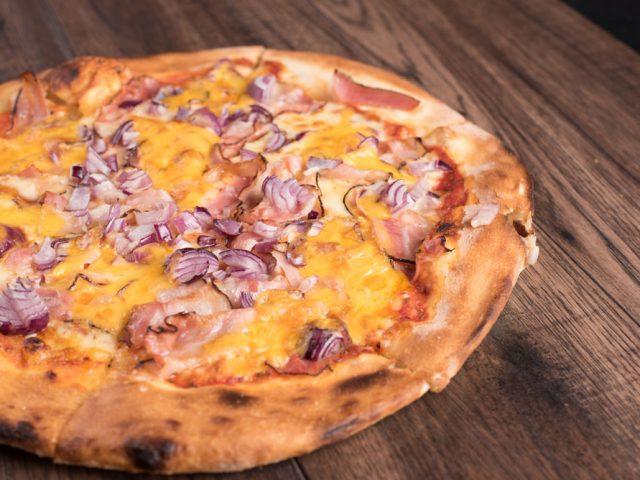 Lombardi Pizza